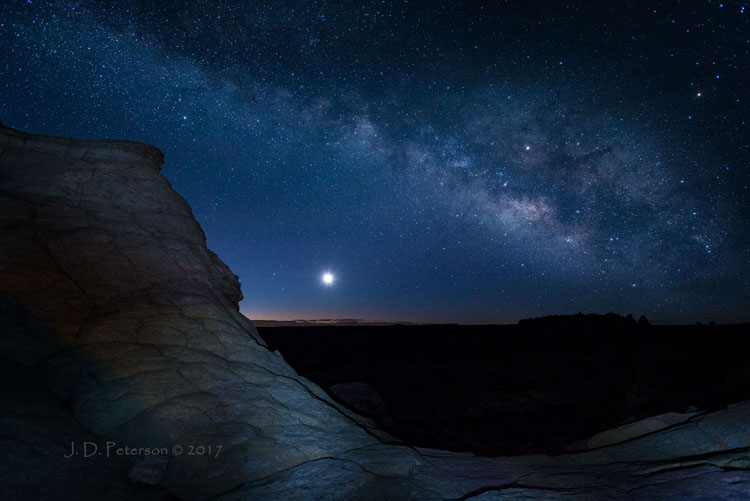 Milky-Way-and-Moonrise-Coyote-Buttes-South_by_Jim_Peterson